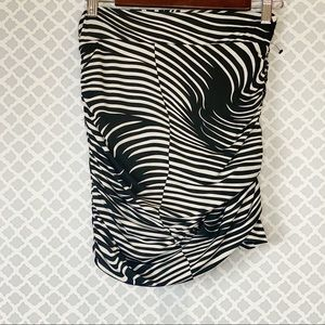 NWT T-Bags LosAngeles Black White Ruched Skirt